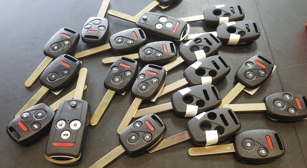 Honda remote head keys and key shells.