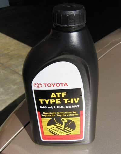 Toyota Type T4 ATF in a quart bottle
