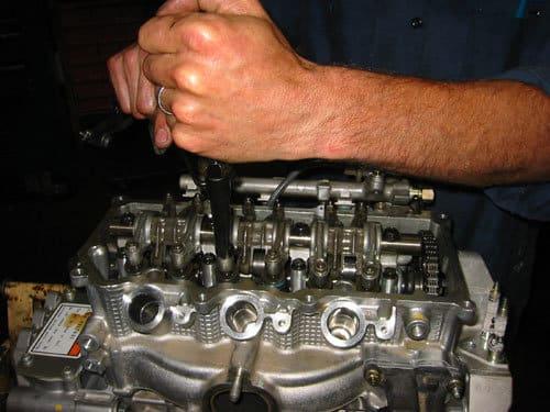 adjusting honda valve clearance