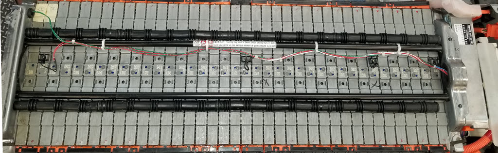 Picture of a hybrid battery with the cover removed